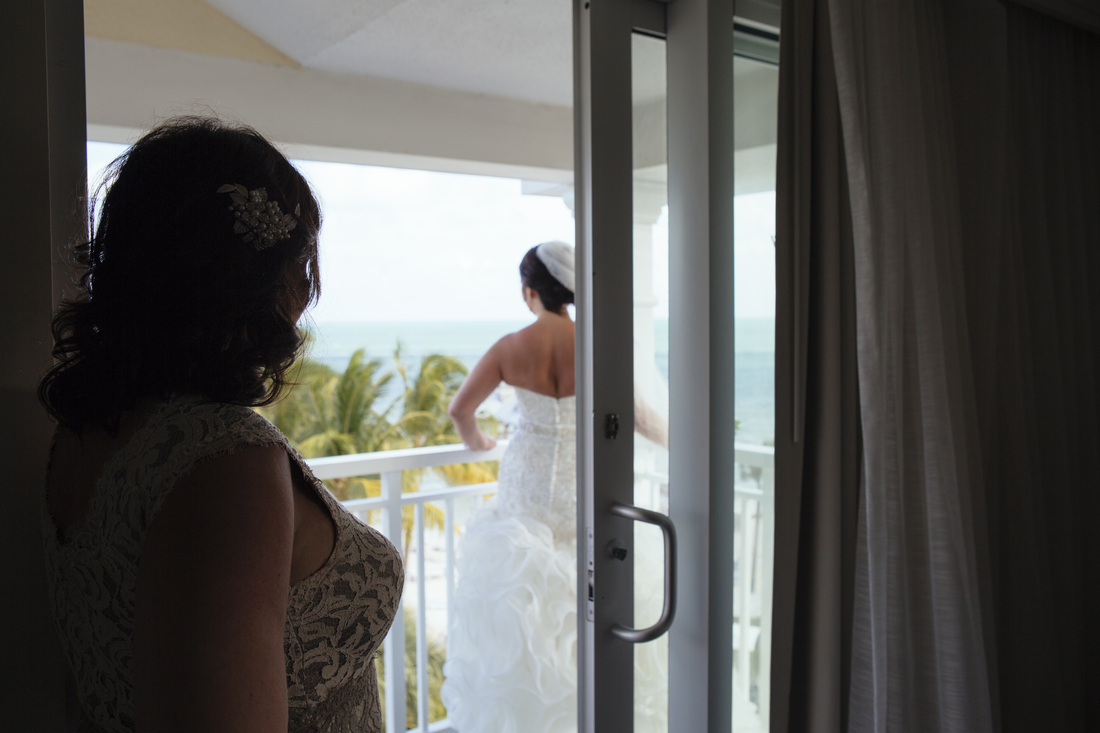 bride getting ready, wedding dress picture, wedding gown picture, the reach resort, waldorf astoria wedding, key west wedding photo, key west wedding photographers, destination wedding, beach wedding,