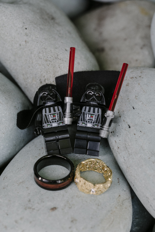 wedding rings picture, star wars theme wedding,