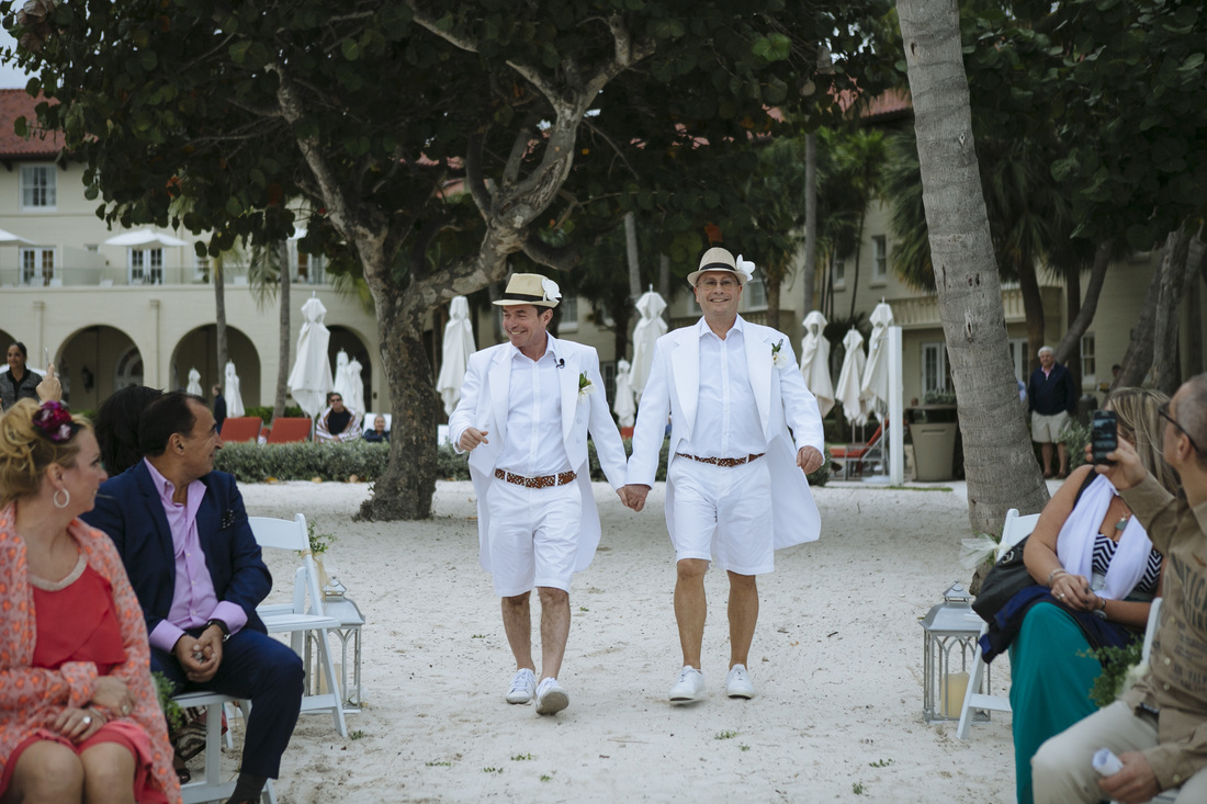 gay wedding ceremony, same sex marriage, beach wedding