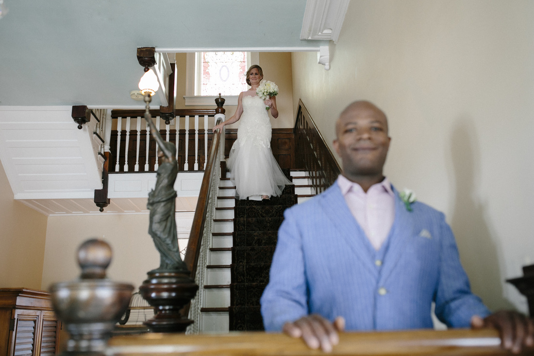 First Look photos, southernmost hotel wedding, first look ideas,