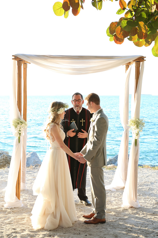 fort zachary beach wedding, destination wedding photos, key west wedding photos, key west wedding photographers, tropical inspiration wedding photo, beach ceremony
