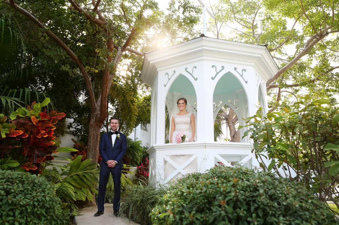 St Marys church wedding, key west wedding photo, bride and groom picture,