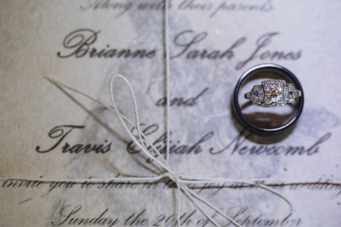 Aspen wedding picture, country wedding, wedding ring picture