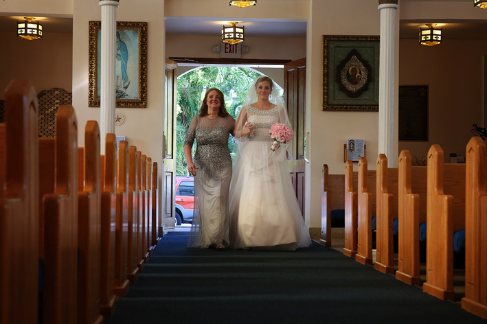 Walking down the isle photo, Bride in the church Picture