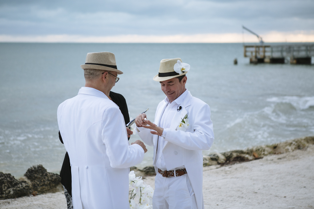ceremony picture, beach wedding