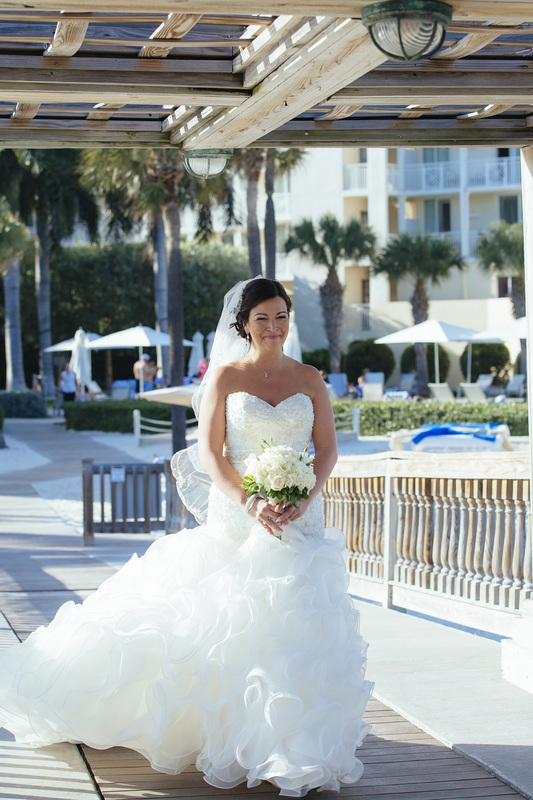 bride walking down the isle,the reach gazebo, the reach hotel resort, waldorf astoria, ceremony set up picture, key west wedding photography, wedding photography, florida keys weddings, weddings by romi,
