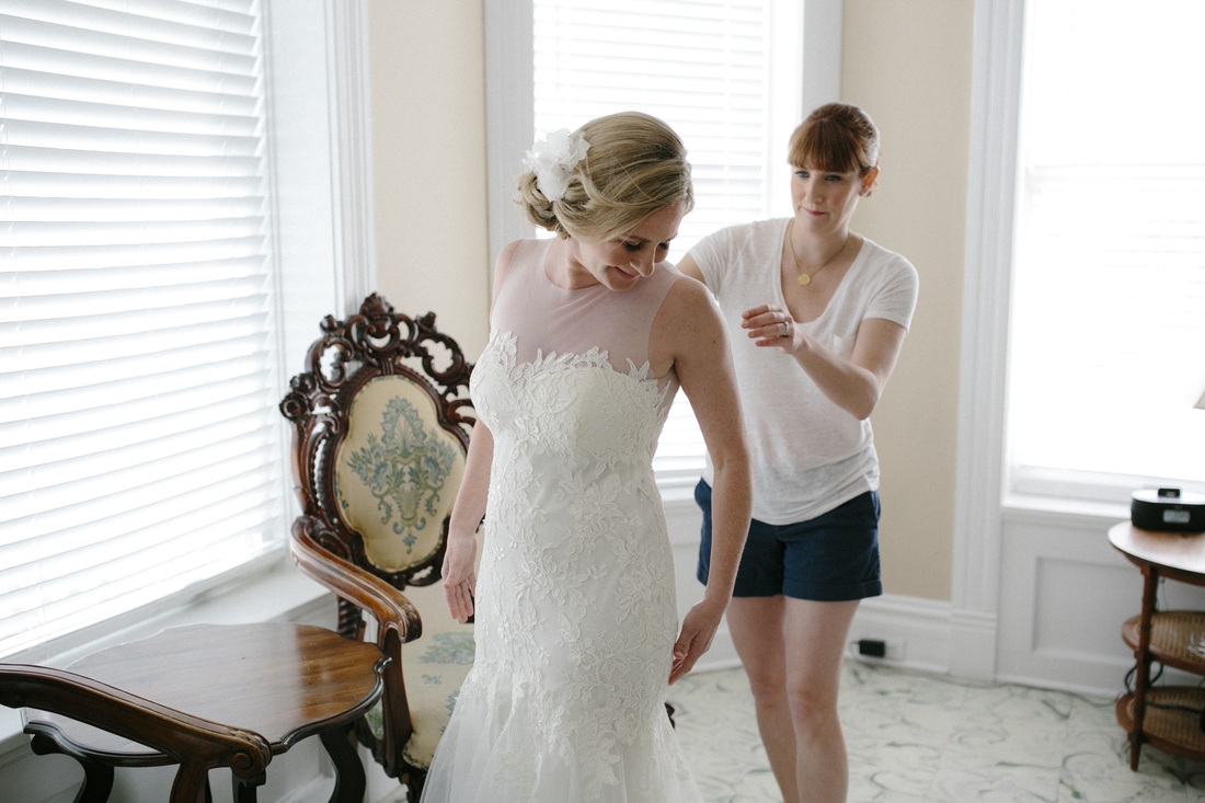 Bride getting ready at Southernmost Hotel