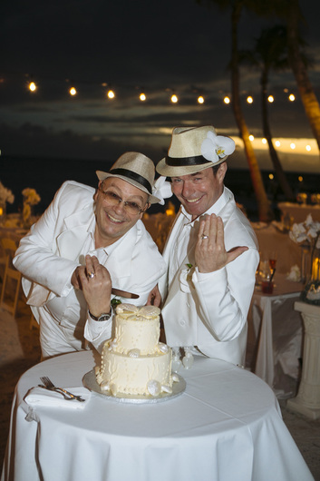gay marriage, beach wedding, gay wedding destination picture