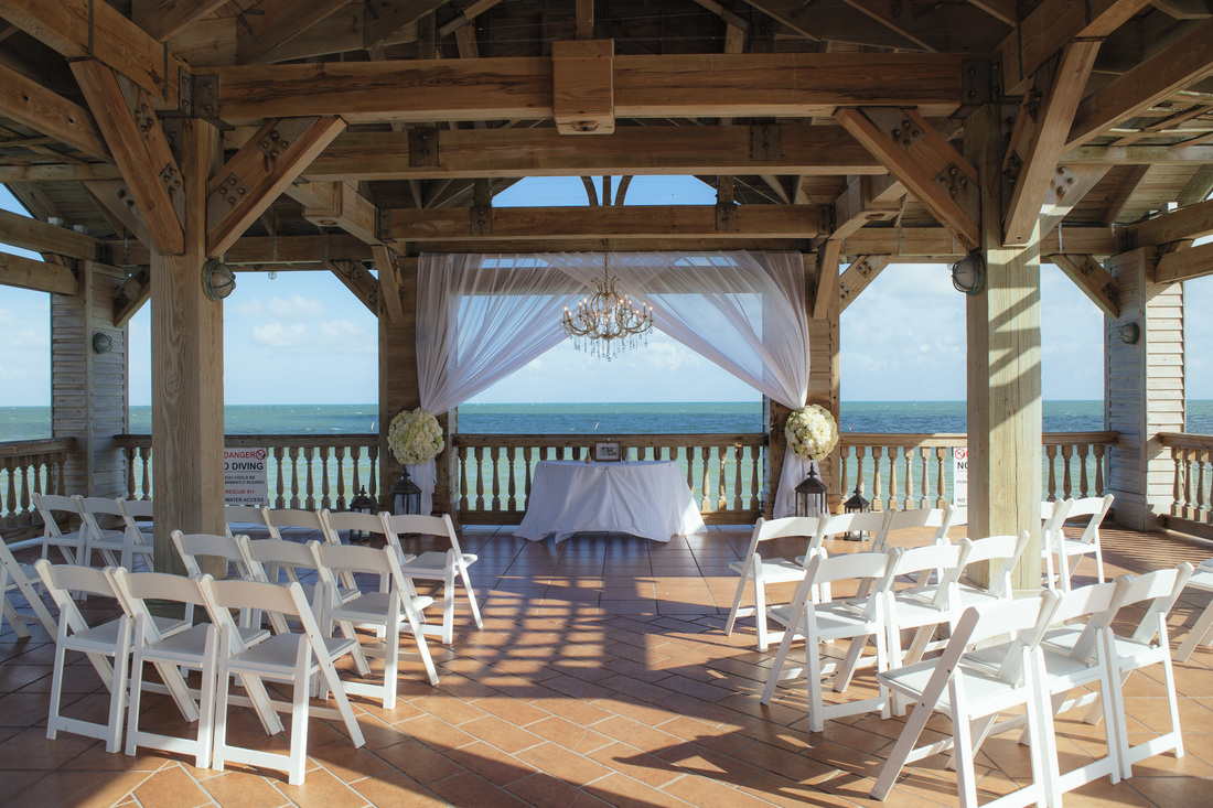 the reach gazebo, the reach hotel resort, waldorf astoria, ceremony set up picture, key west wedding photography, wedding photography, florida keys weddings, weddings by romi,