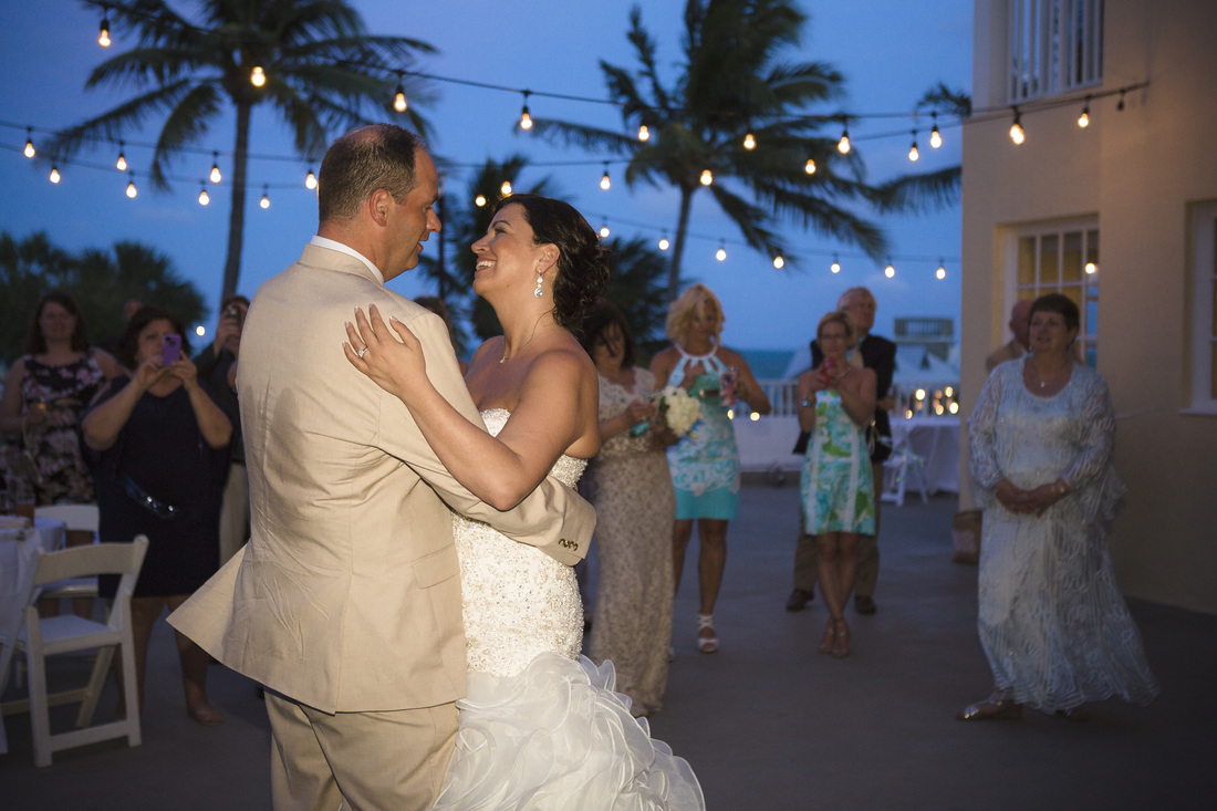 southernmost mansion key west, southern most hotel, destination wedding, key west wedding photo, destination wedding photographer, wedding photographers in florida, florida wedding photographers, night wedding picture,