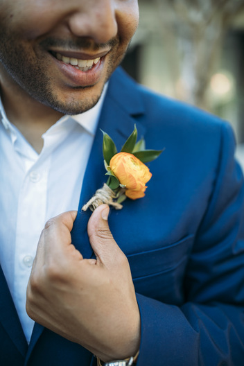 Weddings By Romi, Key West Wedding Photography, Fort Zachary beach wedding, Romantic weddings,  Groom getting ready, Key West Florist, Boutonniere