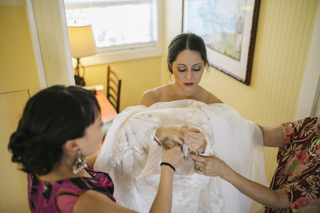 Weddings By Romi, Key West Wedding Photography, Fort Zachary beach wedding, Romantic weddings,  Bride getting ready,